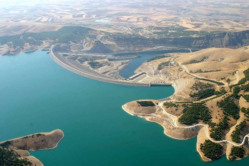 Atatürk Barajı Darphane Gibi