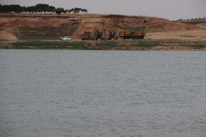 Canlı Yayındaki İtiraf Sonrası Polis Barajı Aradı