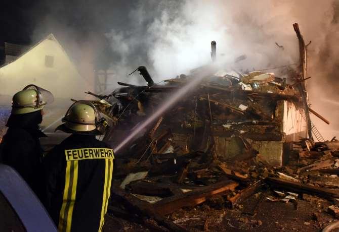 Göçmenlerin Kaldığı Binada Yangın: 12 Yaralı