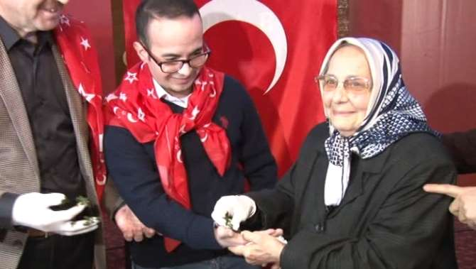İstanbul'da 'kınalı' Asker Uğurlaması