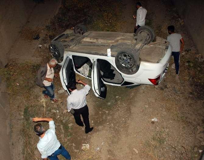 Kaza Yapınca Kaçtığı Polislere Yakalandı