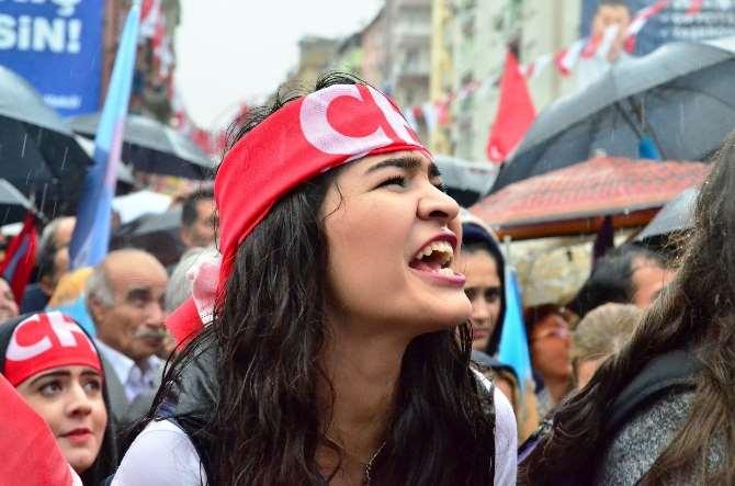 Kılıçdaroğlu Yağmur Altında Konuştu