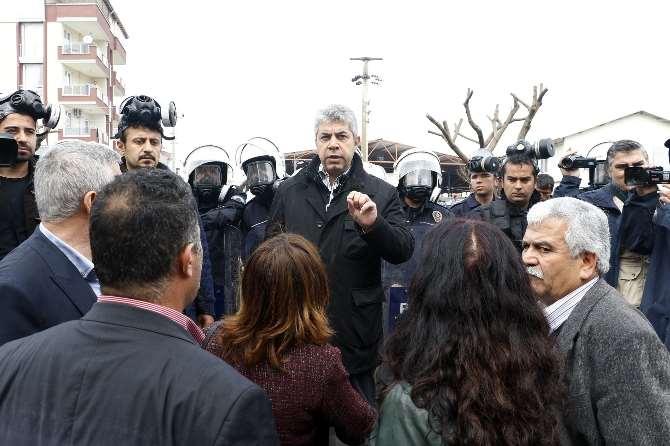 Polisten Hdp'li Vekile: Böyle Bir Günde Halay Mı Çekilir ?