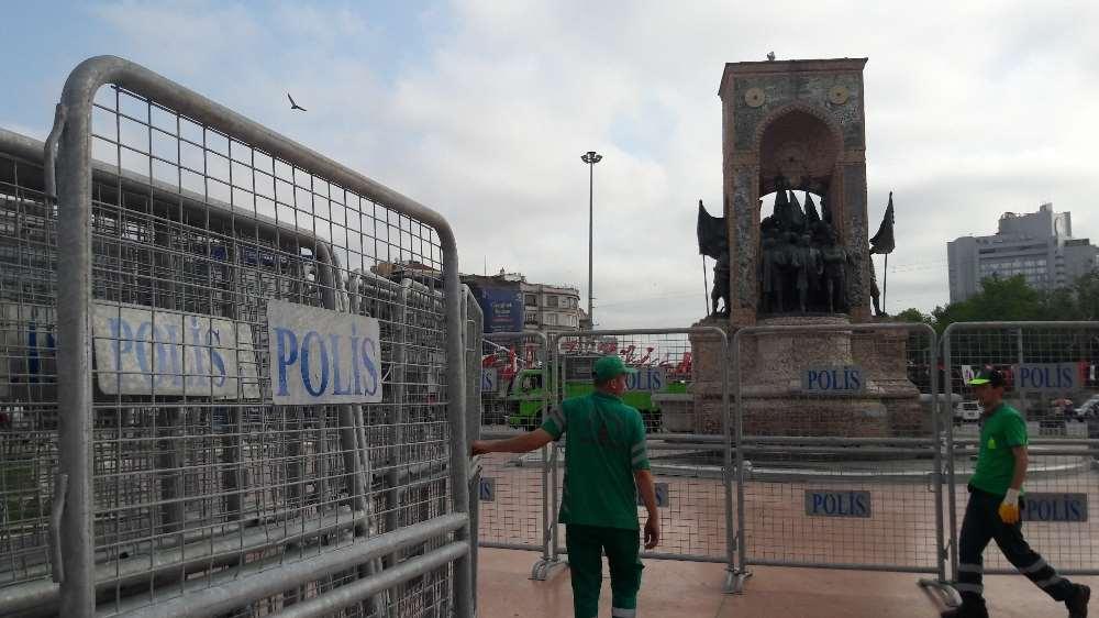 Taksim Meydanı'na Bariyerli Önlem