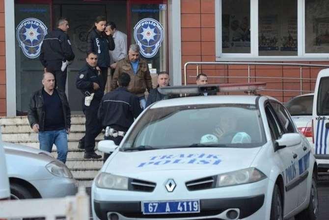 Vali Yardımcısı Ve Polisler Gözaltında