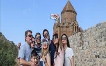 İRANLI TURİSTLER BAYRAMDA VAN'I TERCİH ETTİLER