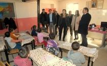 Kaymakam Uçar'dan Köy Okulu Ziyareti