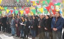 Milletvekillerine polis müdahalesi Van'da protesto edildi.