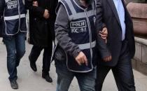 Van'da Göçmen Kaçakçılığı Yapan 2 Kişi Tutuklandı