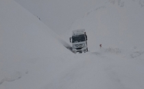Van'da Yüksek kesimlerde Kar ve tipi