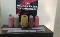 Van'daki PKK/KCK Operasyonunda 5 Bidon Benzin ve Yüklü Miktarda Para Yakalandı