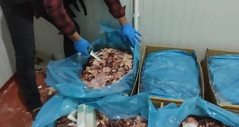 Van'da 2 iş adamı tutuklandı - Et kolilerin içinde 355 Kilo  680 Gram Eroin Maddesi