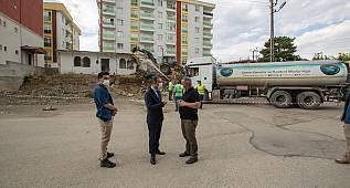 Van'da bina yıkımı şöyle gerçekleşti