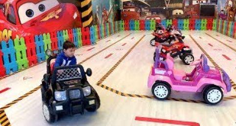 Akülü araba, jip ve motosikletler, tren, oyuncak itfaiye, uçak ve bisikletlerle eğlence Dodo Tube